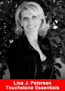 Lisa Petersen Achieves Regional Director Rank With Touchstone Essentials