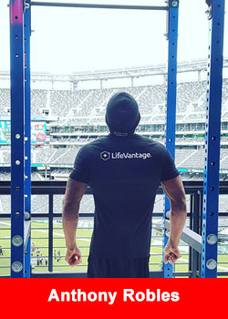 LifeVantage-sponsored Anthony Robles Sets New Pull-up World Record