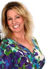 Gabriella Desantis Cummings - Gigi Hill Bags CEO