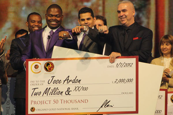Jose Ardon Cheque 2012