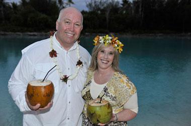 Scott and Sue Olsen - Borra Bora