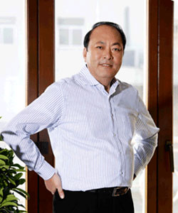 Li Jinyuan Founder Tiens